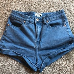 Forever 21 High Rise Hot Short Size 26